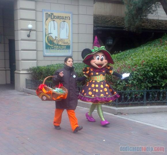Disneyland Paris Diary: Halloween 2015 – Day 5 - Minnie Mouse