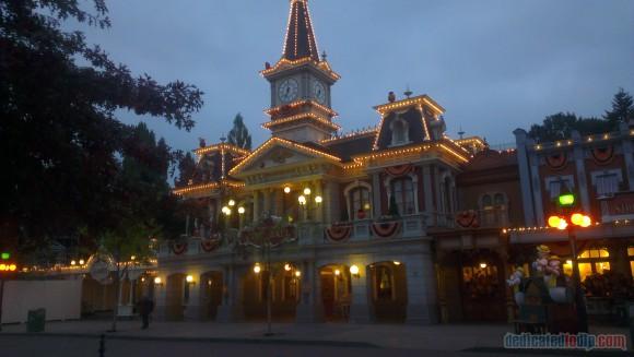 Disneyland Paris Diary: Halloween 2015 – Day 5 - Town Hall