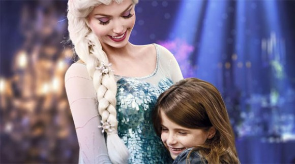 Disneyland Paris News: Meet Anna & Elsa at Dinner....for €199! They Need To Be In The Parks Too, Now!