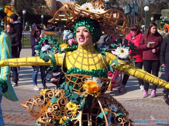 Disneyland Paris Review: Swing into Spring 2016 - Goofy's Garden Party