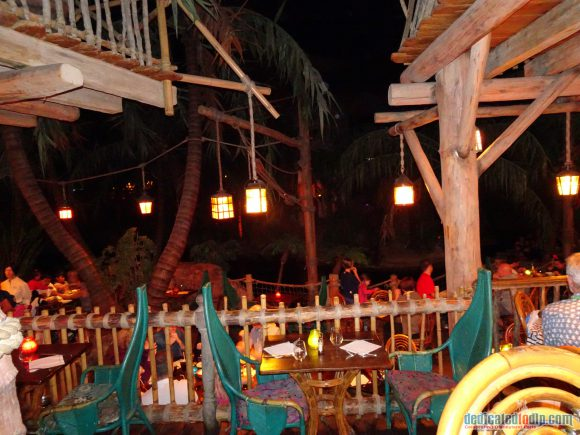 Disneyland Paris Restaurant Review: The Blue Lagoon
