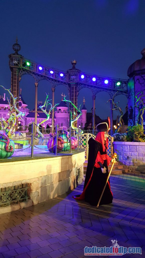 Disneyland Paris runDisney Diary Day 3 – The 5K Race and Jafar