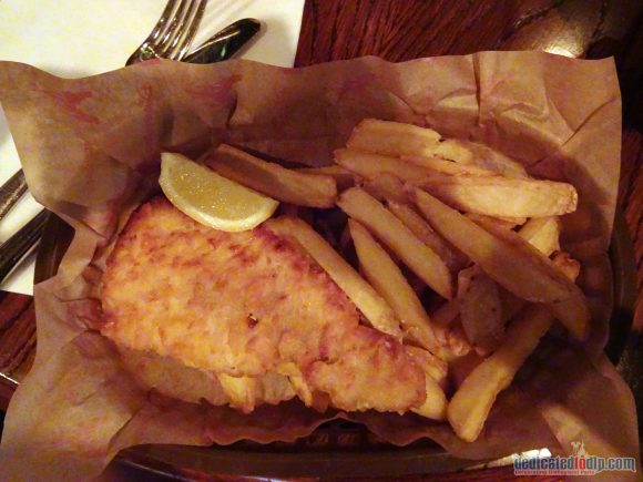 Disneyland Paris Restaurant Review: The Lucky Nugget Saloon with Puppet Shows - Fish and Chips