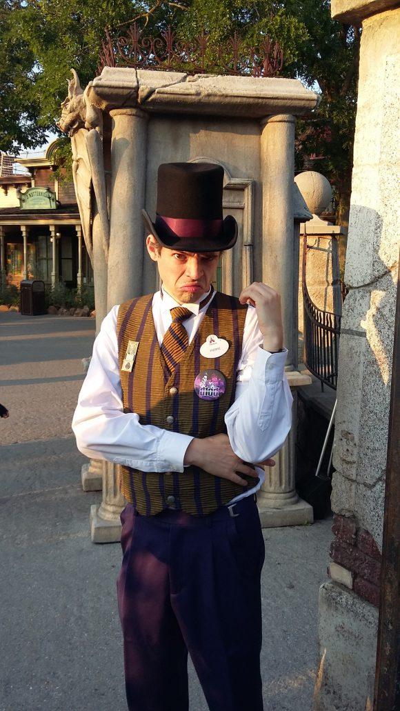 The Great Mason Family Disneyland Paris Badge Adventure