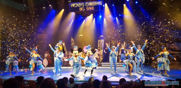 Mickey's Big Band Christmas - Disney's Enchanted Christmas 2018 in Disneyland Paris