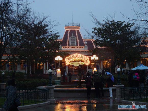 Disneyland Paris Restaurant Review: Plaza Gardens Restaurant