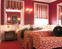 Schlosshotel Steinburg Bett 2