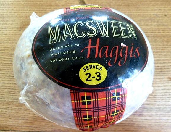 Haggis mit Sahne-Kartoffelstampf und Rübchenmuß