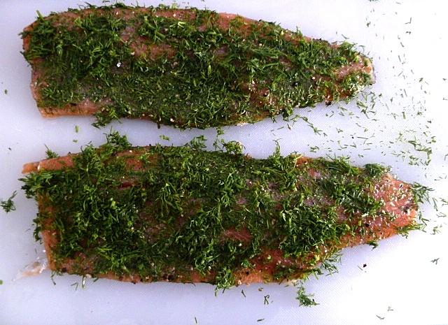 Geräucherte Lachsforellenfilets