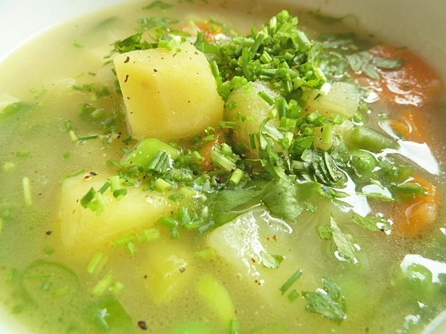 Kartoffelsuppe mit Gemüse