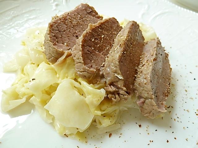 Rahmspitzkohl mit Tellerfleisch