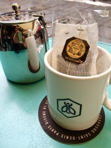 noch eine Tasse Tee ins Café und auf zum Bahnhof