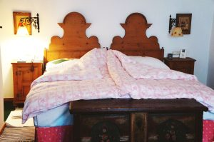 gemütliche Zimmer, alle unterschiedlich eingerichtet