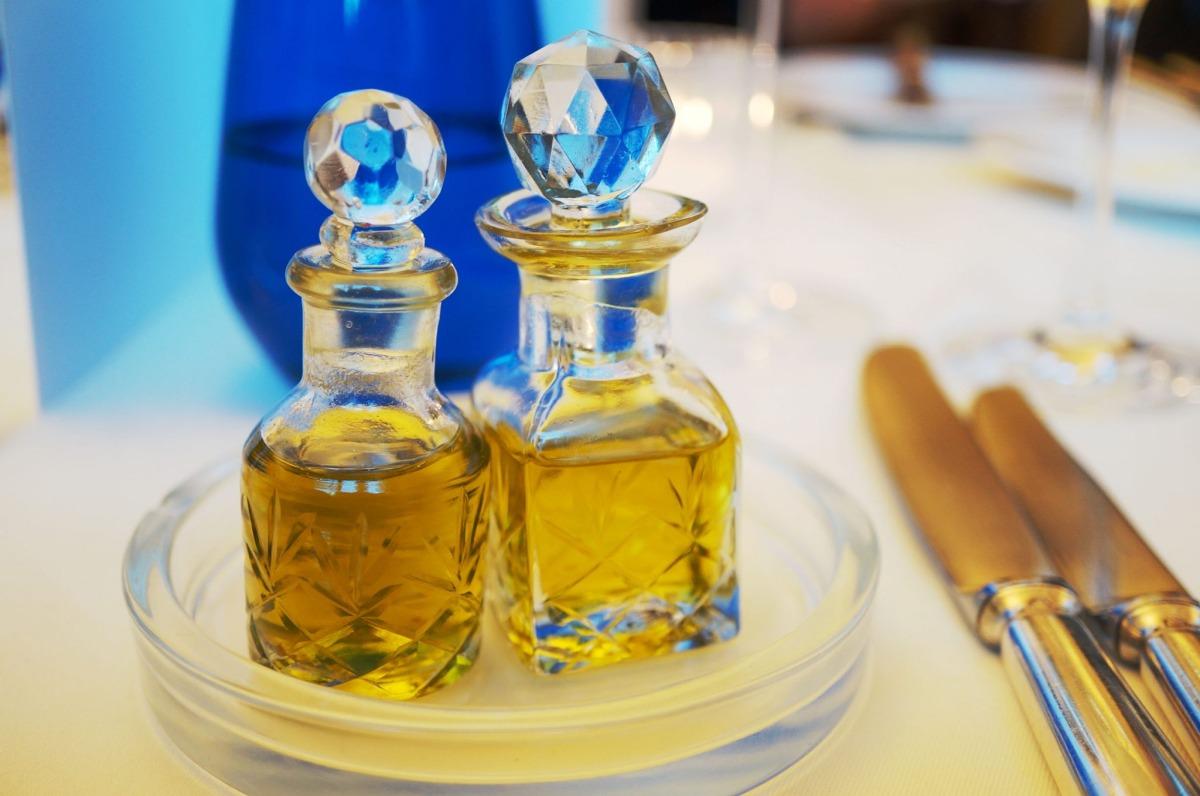 feine Olivenöle zum Brot