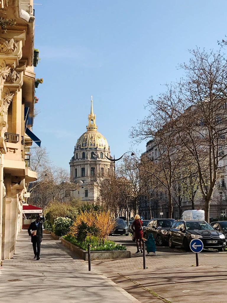 um ein paar Ecken liegt Hôtel des Invalides