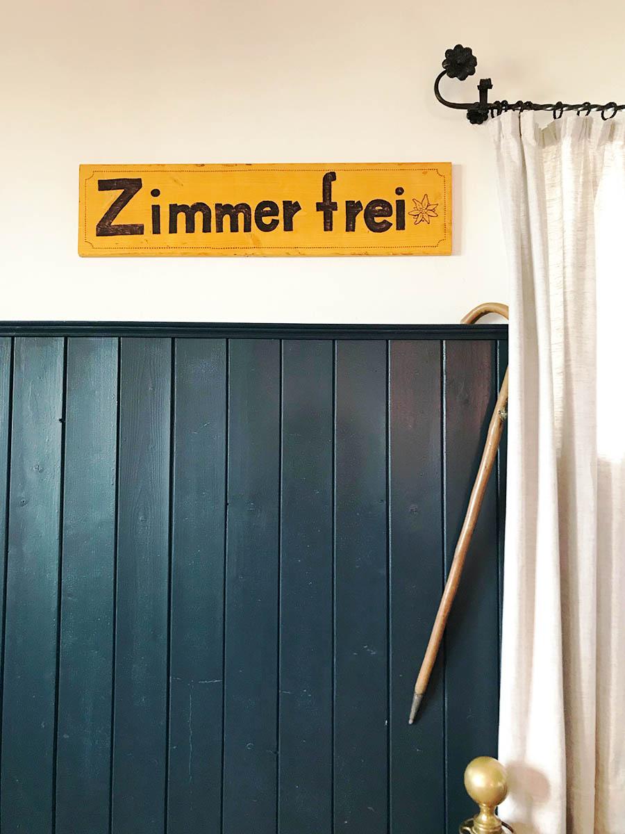 Mittags: Altes Wallberghaus – Nachmittags: eine Lesung mit Franz Keller – Abends: Gasthof zur Weissach