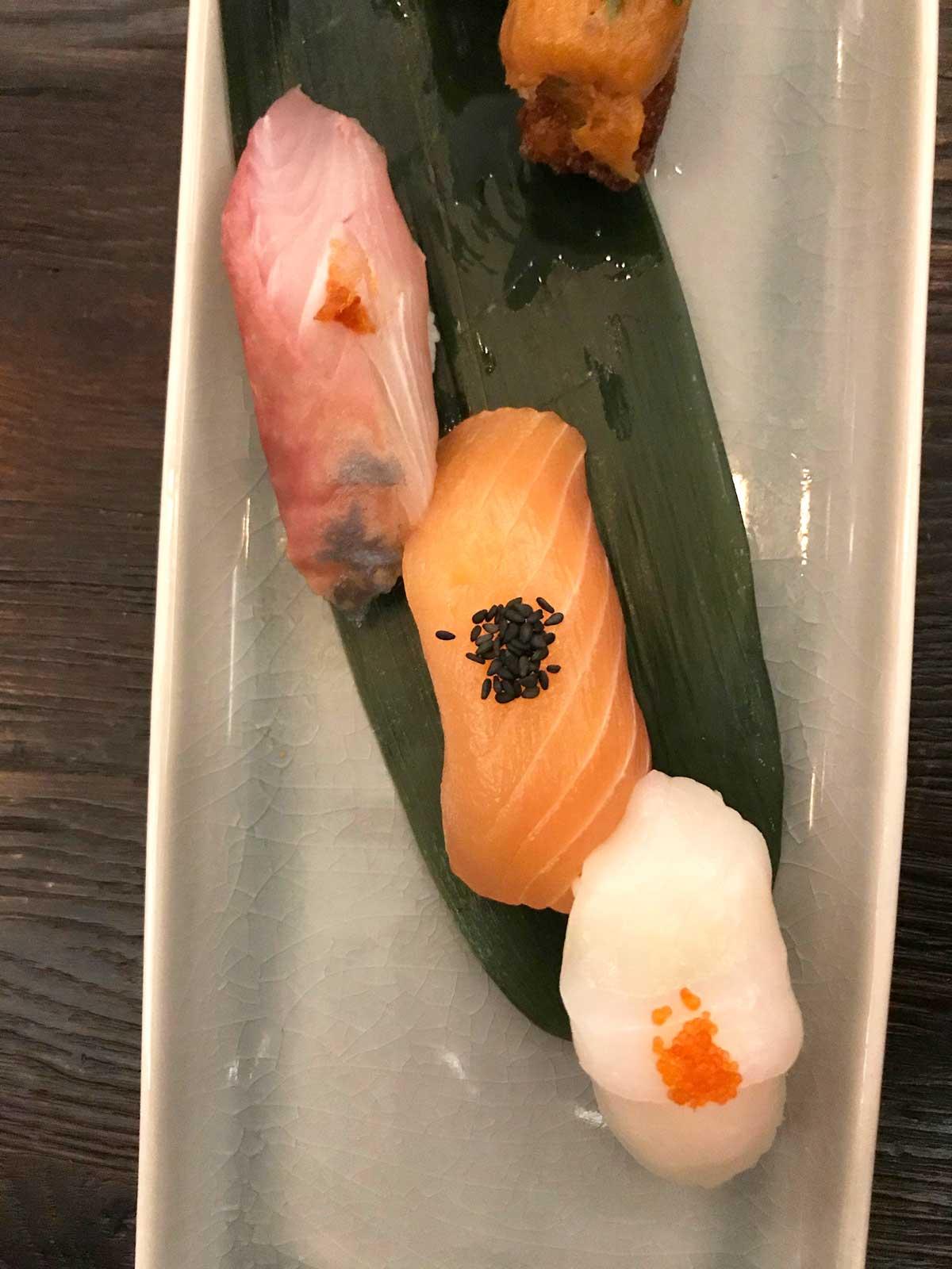 Nigiri und Maki Sushi