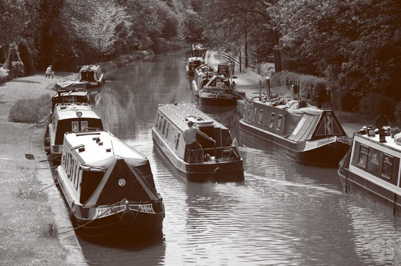 canal-bw-sml