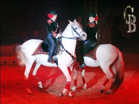 Cirkus Benneweis til byen