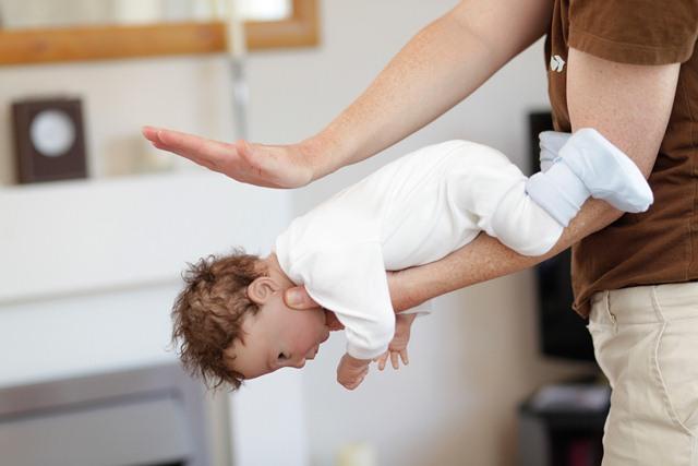 Førstehjælp til spædbørn