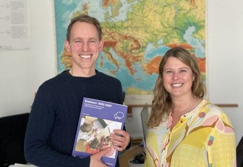 Sorø Privatskole er netop blevet godkendt som en del af det internationale uddannelsessamarbejde Erasmus+. Det glæder afdelingsleder for udskolingen Thomas Wenzell Aziz og skoleleder Nanna Kofoed Øhrgaard. Pressefoto.