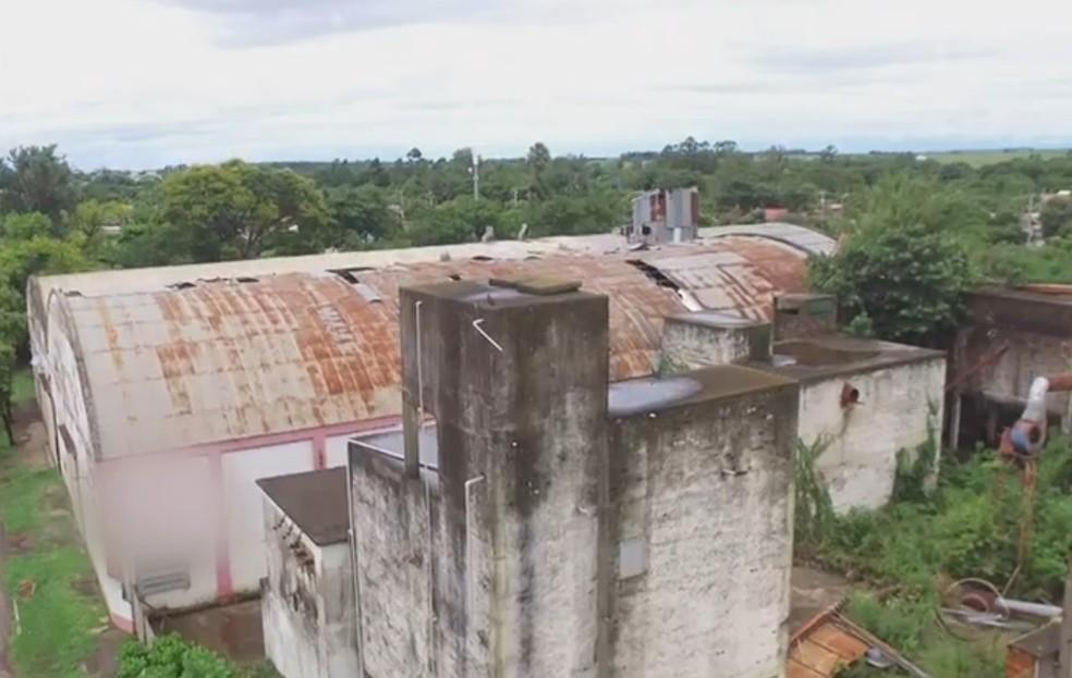 Arrozeiros do município alegam ter sofrido o golpe após vender a produção para uma arrozeira. — Foto: Reprodução/RBS TV