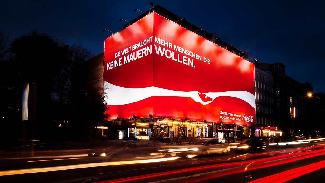 Coke_Mauerfall_Eastside_night