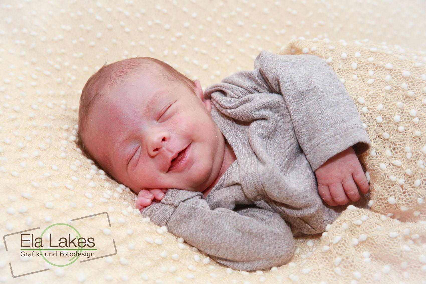 Babyfotografie Karlsruhe - ElaLakes Design -11