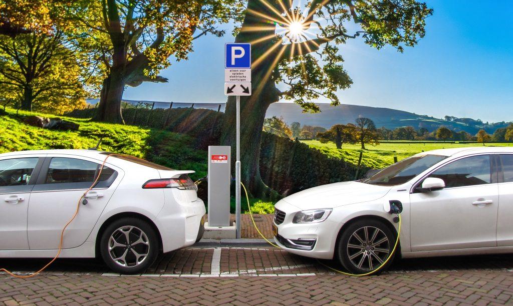 Elektro- und Hybridfahrzeuge sind wichtig für ein erfolgreichen Energiekonzept.