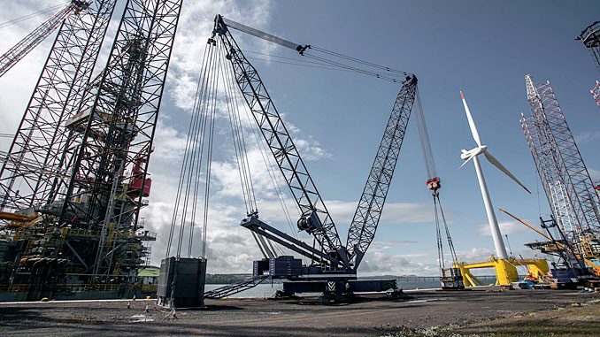 Gottwald MK1500, the UK's largest fixed quayside crane at its base in Dundee (photo: OM Heavy Lift)