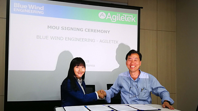 Angela Lock, Tekmar Group APAC General Manager, and Dr. Jone Oh, Blue Wind Engineering CEO, sign MOU in Seoul