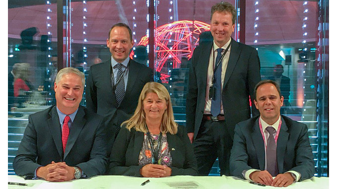 From left, Doug Pferdehirt, CEO TechnipFMC; Torger Rød, SVP Equinor; Margareth Øvrum, EVP Equinor; Kjetil Hove, SVP Equinor; and Luis Araujo, CEO Aker Solutions