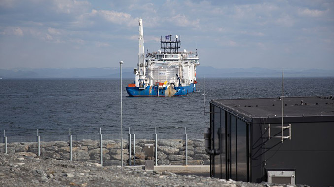 The cable-laying vessel 'NKT Victoria' at the Johan Sverdrup converter station at Haugsneset near Kårstø (photo: Øyvind Gravås – Woldcam/Equinor)