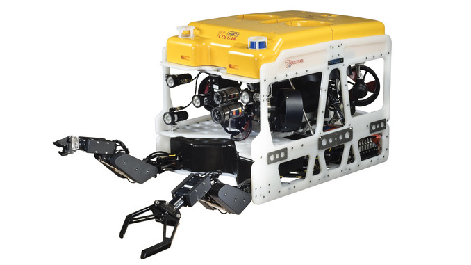 Cougar XT – powerful yet compact, it can handle a wide range of heavy tooling, sensors and an array of cameras, whilst remaining highly manoeuvrable