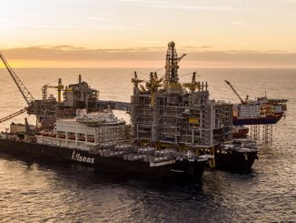 'Pioneering Spirit' moving in to perform world heaviest offshore lift (photo: Equinor/Roar Lindefjeld & Espen Rønnevik – Woldcam)