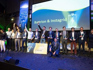 The winners alongside InnoEnergy CEO, Diego Pavia, and Elena Bou, Innovation Director