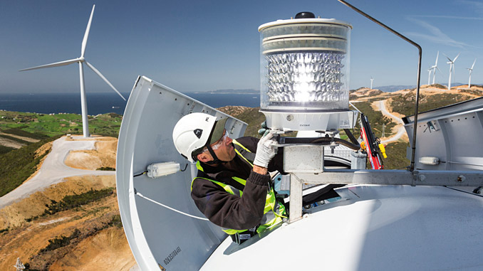 SGRE's Service business maintains nearly 56,700 MW (onshore and offshore) in 62 countries