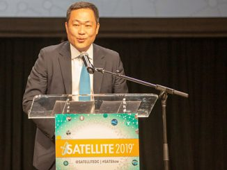 Eric Sung, CEO of Intellian, received the Satellite Technology of the Year Award