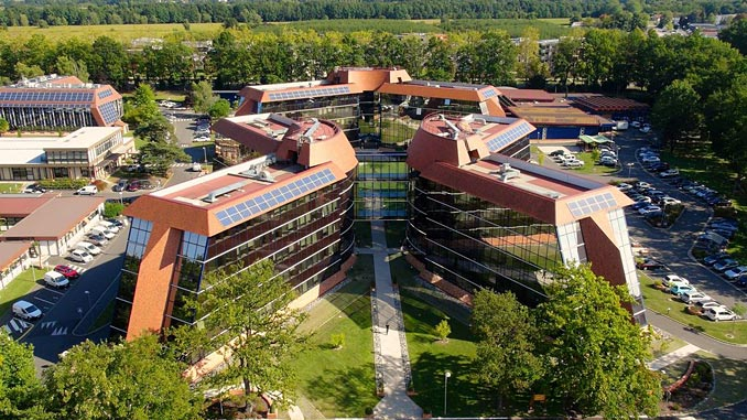 Total's CSTJF engineering and research centre in Pau, France (photo: Bip Info France/Total)