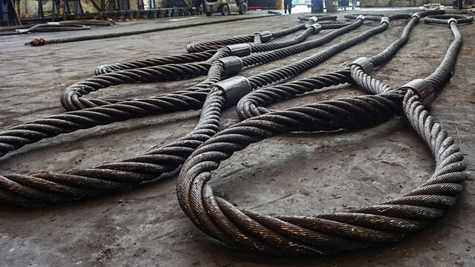 Hendrik Veder Group provides lifting services and has one of the largest wire rope sling production and test facilities in Europe