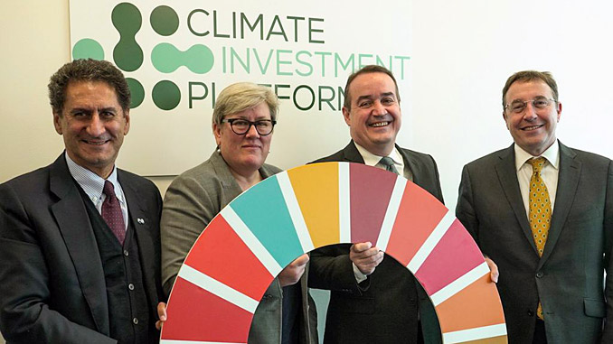 """CIP to """"deliver co-benefits across the SDGs"""" – from left, IRENA Director-General Francesco La Camera, SEforALL CEO Rachel Kyte, Green Climate Fund Executive Director Yannick Glemarec, and UNDP Administrator Achim Steiner"""