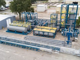The HWCG SVS system is designed to capture well effluent during a deepwater blowout when the well cannot be shut-in or capping is delayed