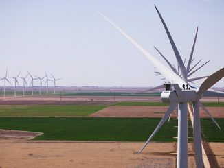 V100-2.0 MW Vestas trubines in South Plains, Texas, USA