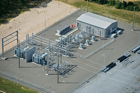 Holtsville substation in the US with one of the first hybrid STATCOMs