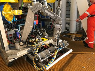Welaptega's chain measurement system ready for a FPSO mooring inspection