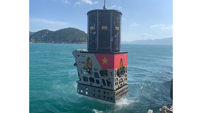 The Perry XLX-C ROV will be used to support the Vietnamese' submarine rescue vehicle in its operations during assessment and preparation of a site for a submersible rescue
