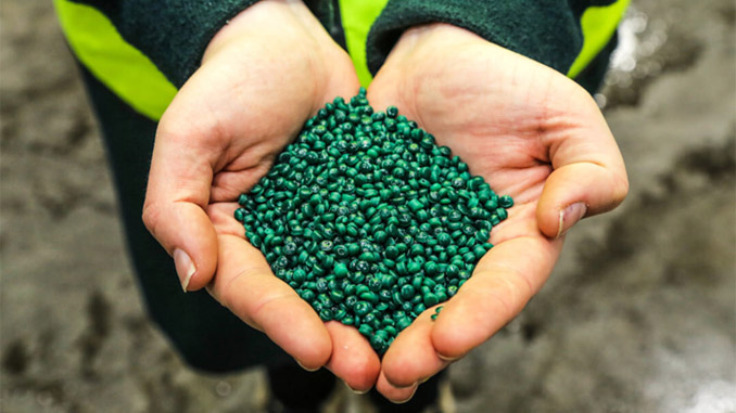 NOPREC granulate made from recycled ropes, plastic tanks and other plastic waste from the fishing industry