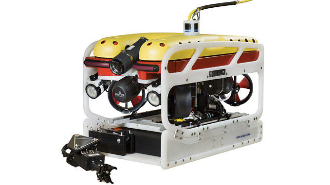 Despite its diminutive metre size, a Falcon can be fitted with a host of powerful tooling and sensors and has the power and intelligent control to perform with agility and precision in strong currents and harsh conditions