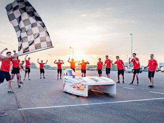 Solar champions uphold their reputation and drive solar car Nuna Phoenix more than 924 kilometres in 12 hours entirely on solar power (photo: Vattenfall/Hans Peter van Velthoven)