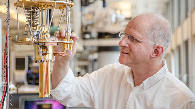 Professor Charles Marcus receives the 2020 H.C. Ørsted Gold Medal in physics (photo: Niels Bohr Institute)